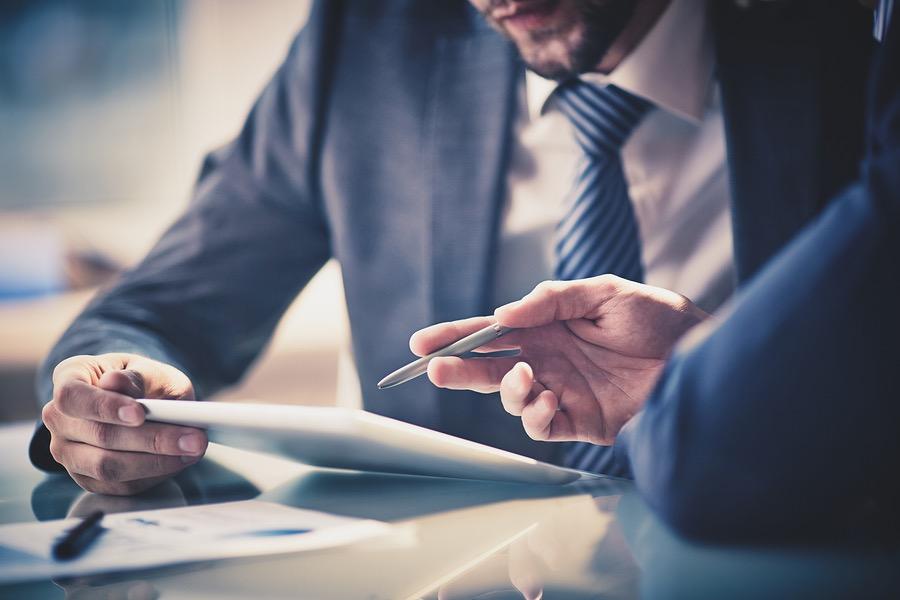Профессиональная помощь адвоката в области отношений уголовно-процессуального типа
