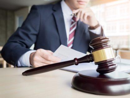 Какой же адвокат подходит для ведения уголовных дел?